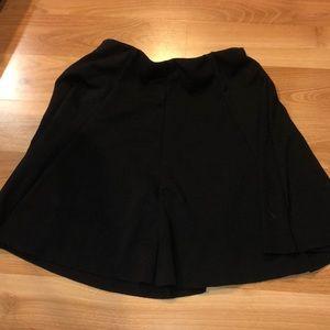Plain Black Flowy Racer Skirt